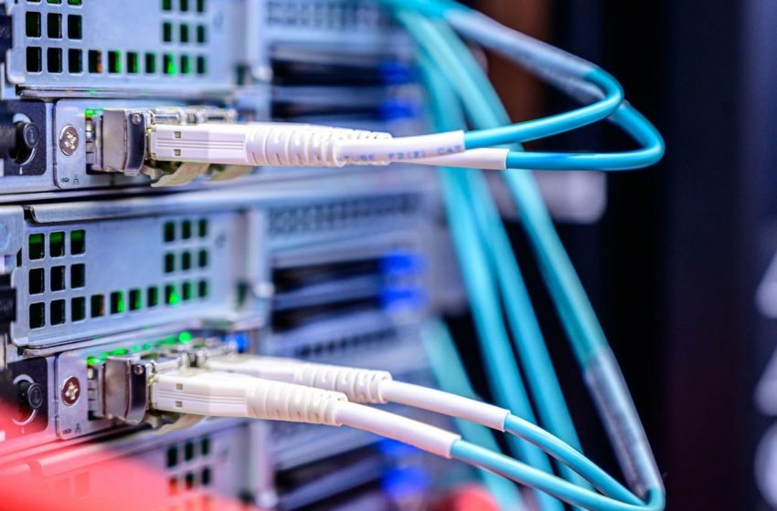 The Difference Between VPN Software and VPN Hardware